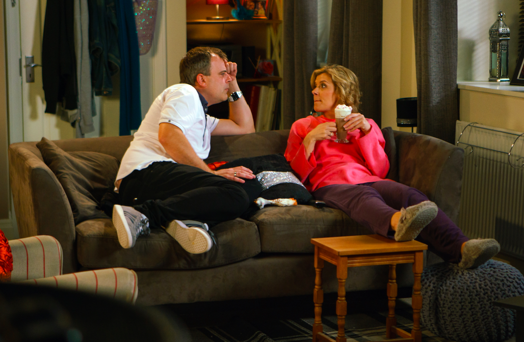 """""""Comedy gold"""": Corrie viewers hysterical at Steve and Leanne's engagement"""