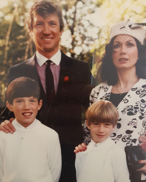 Vernon Kay send fans wild with an incredible throwback photo