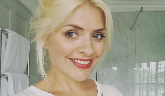 Holly Willoughby shares cute pics of zoo trip ahead of This Morning return
