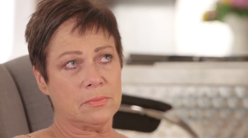 """Denise Welch issues statement after leaving pantomime job """"with a heavy heart"""""""