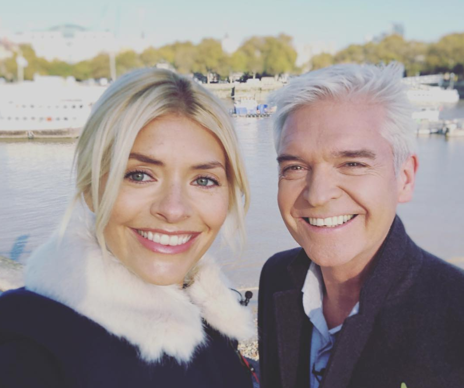 Instagram @HollyWilloughby