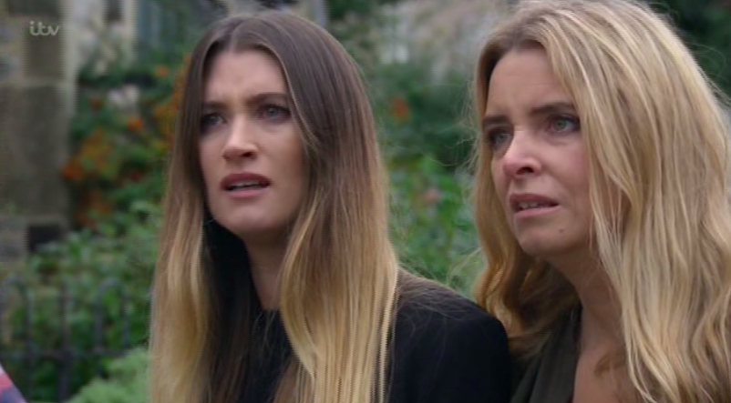 Emmerdale's Charley Webb shares stunning photo as she reunites with on-screen mum