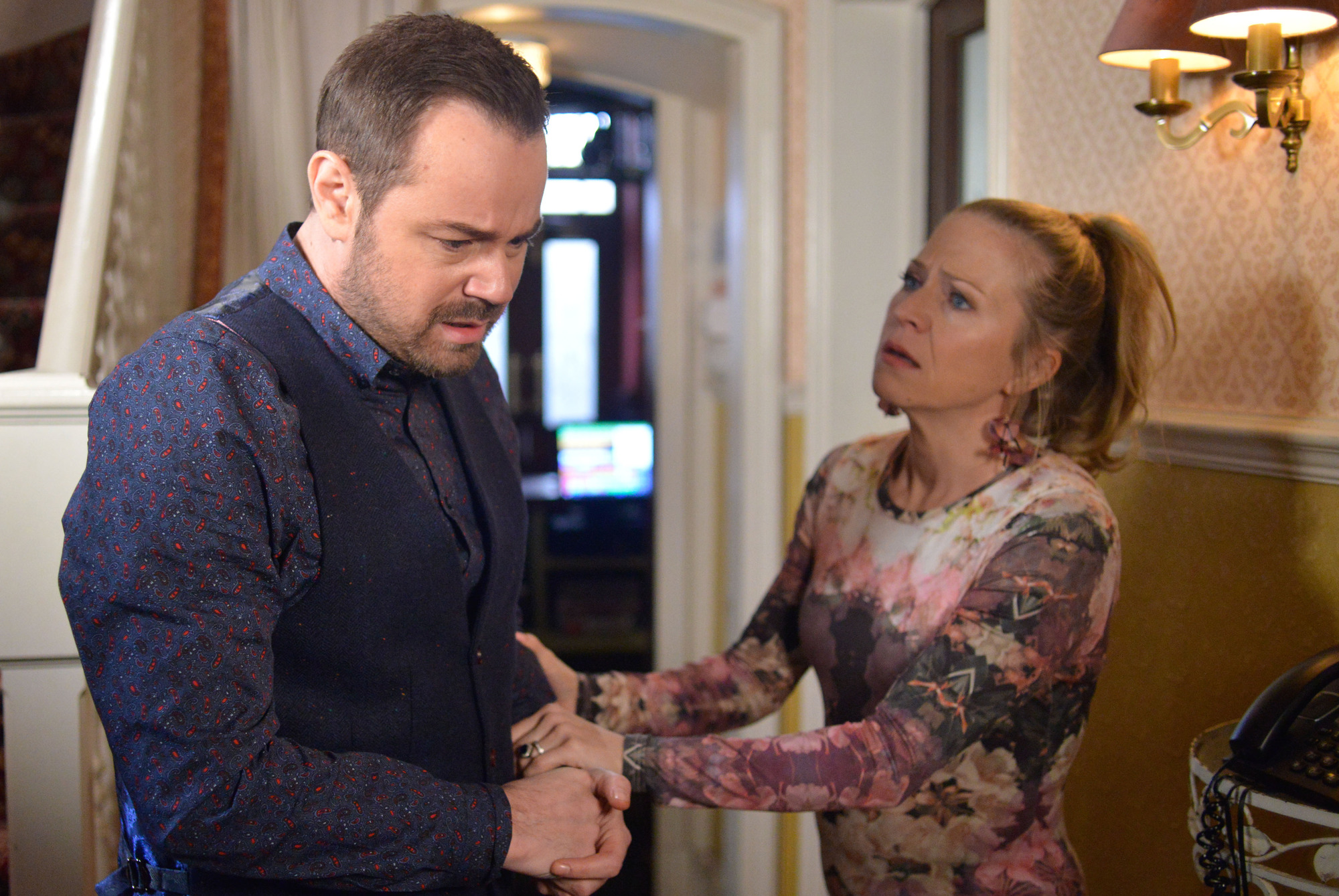 EastEnders spoiler: Mick in deadly danger as the Carters lose the Queen Vic!