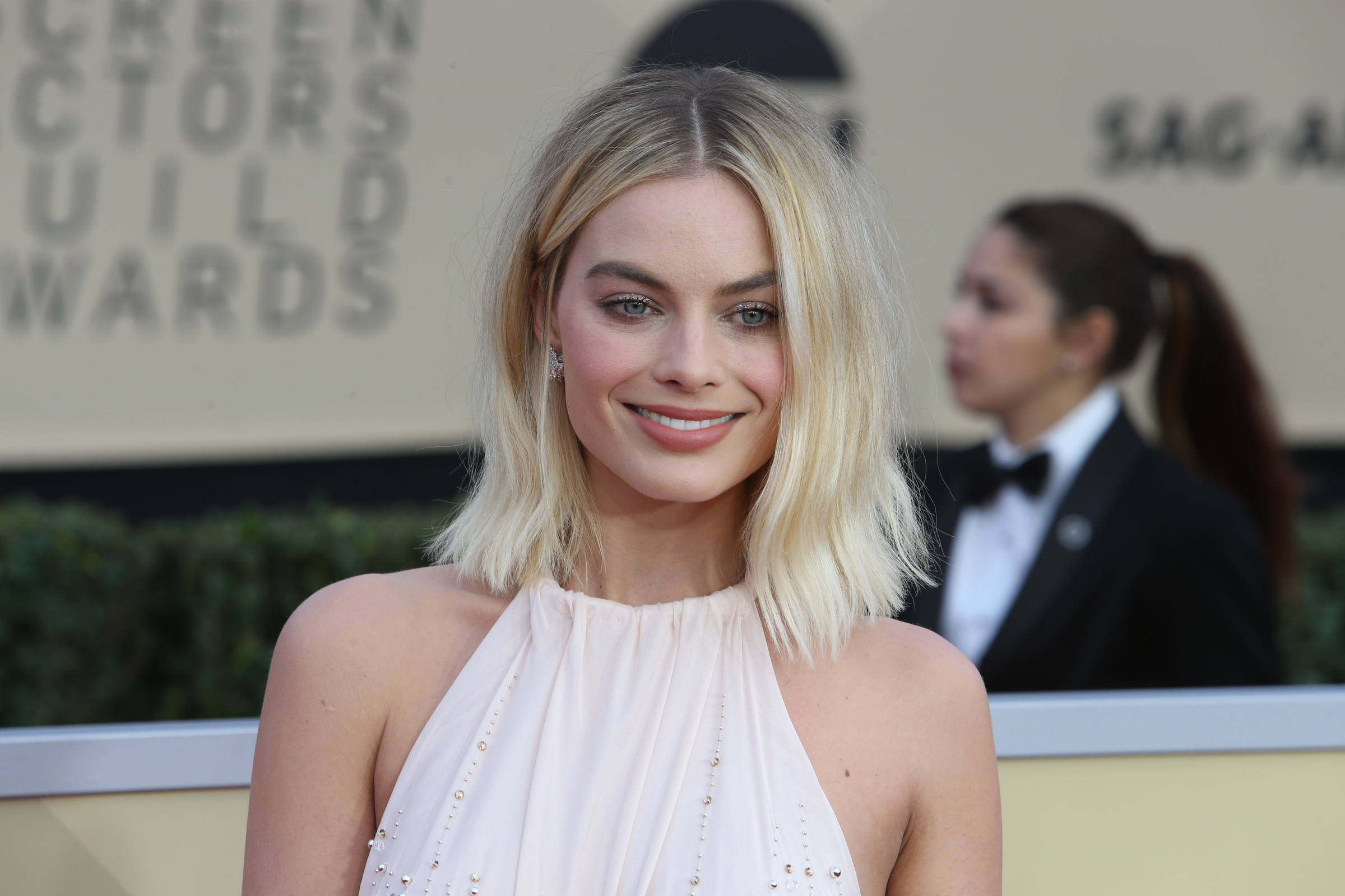Hollywood megastar Margot Robbie to make sensational return to Neighbours?!
