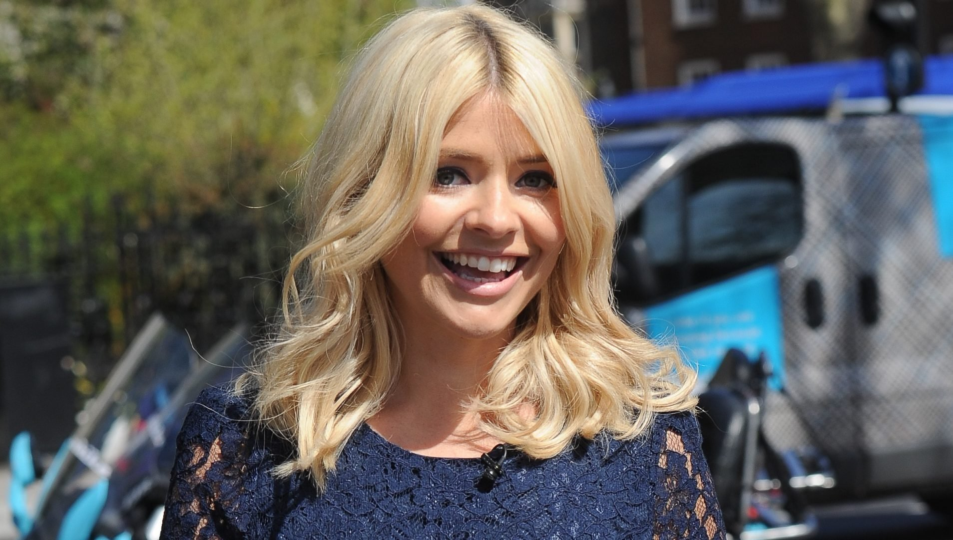 Holly Willoughby's sister shares adorable throwback of the presenter to mark her birthday