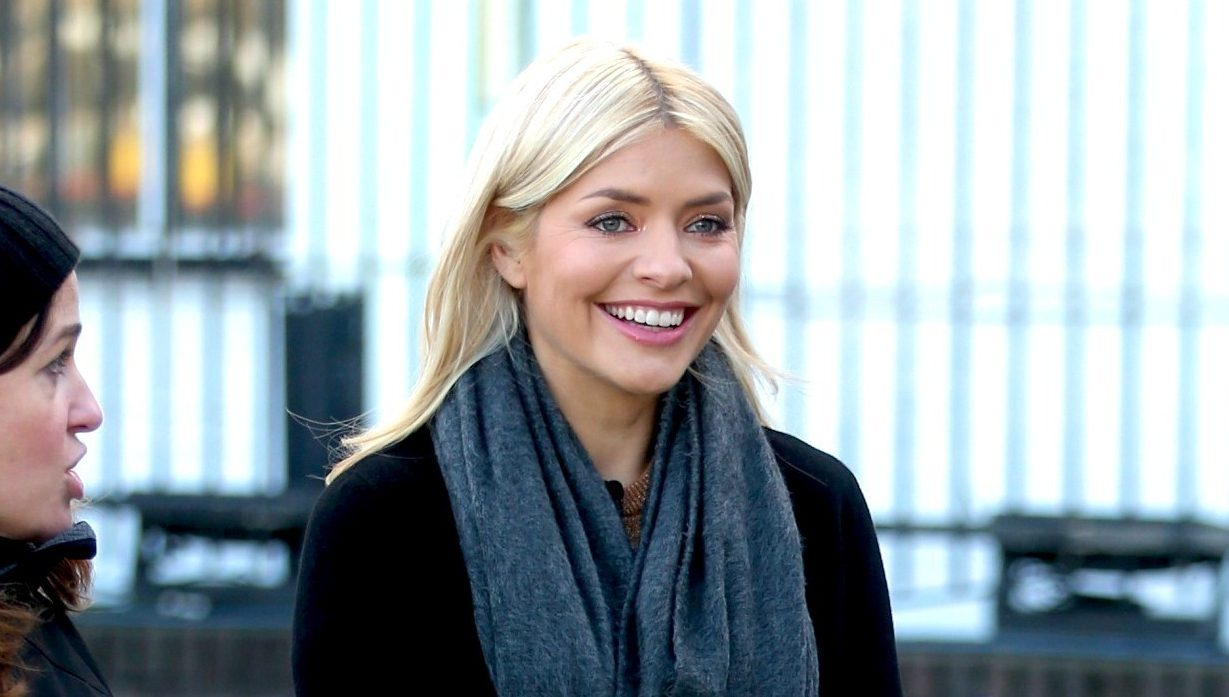 Make-up free Holly Willoughby gets ANOTHER birthday surprise