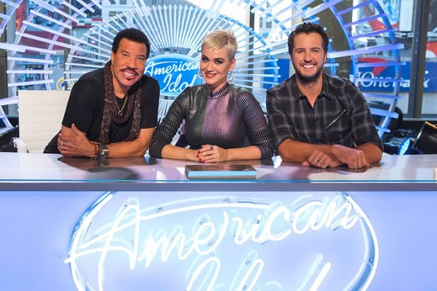'American Idol' Judge Embraces Embarrassing Wardrobe Malfunction During Show