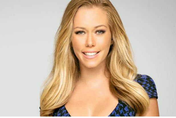 Kendra Wilkinson Blasts Online Haters for Criticizing Her During Divorce