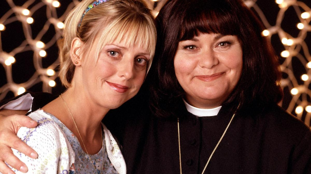 """Dawn French says she's """"still reeling"""" from death of Emma Chambers"""