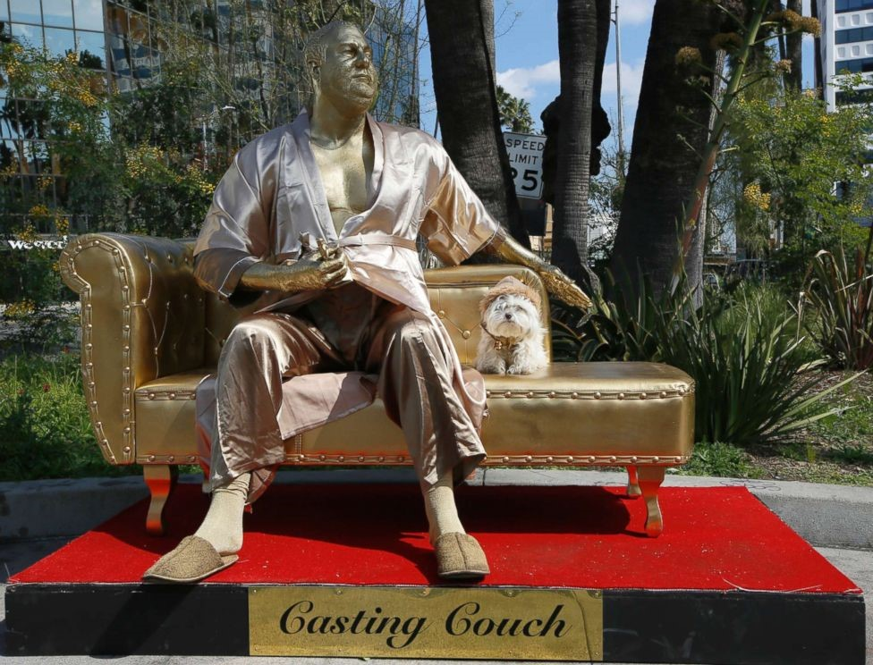 Oscars Mocked Over Harvey Weinstein Scandal With 'Casting Couch' Statue