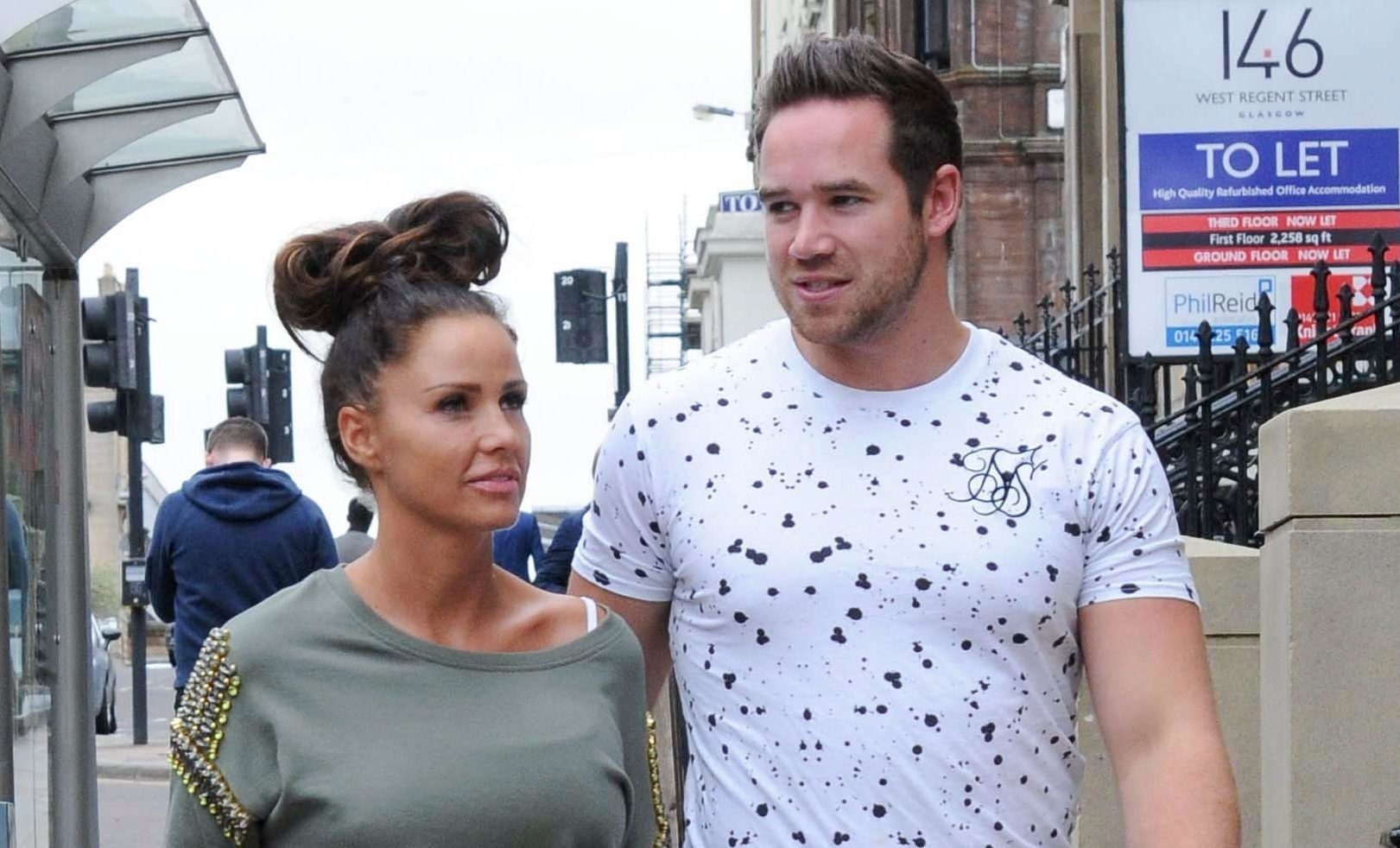 Picture Shows: Katie Price, Kieran Hayler May 08, 2015 Husband and wife duo Katie Price and husband Kieran Hayler visit Fake Bake Beauty Boutique in Glasgow, Scotland. The pair looked loved up as they walked with their arms around each other as they arrived for their beauty treatments at the Scottish spa. Non Exclusive WORLDWIDE RIGHTS Pictures by : FameFlynet UK © 2015 Tel : +44 (0)20 3551 5049 Email : info@fameflynet.uk.com