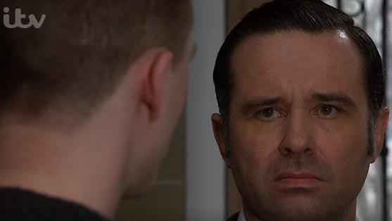 Emmerdale: Graham MURDERS Simon in revenge? | Entertainment