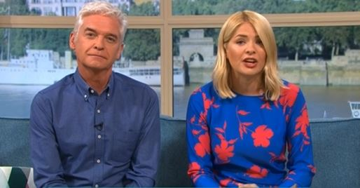 Holly Willoughby shocked to see nude Phillip Schofield