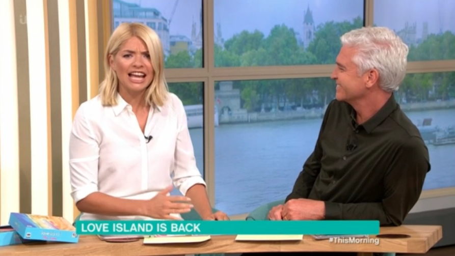 Holly Willoughby makes shock prediction about Love Island after twist