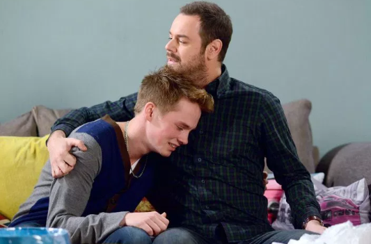 Sam Strike and Danny Dyer as Johnny and Mick Carter on EastEnders (Credit: BBC)