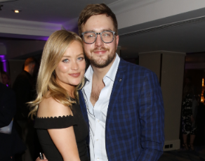 Iain Stirling and Laura Whitmore (Credit: Fameflynet)