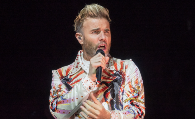 """Gary Barlow apologises after being accused of """"epic blunder"""" at gig"""