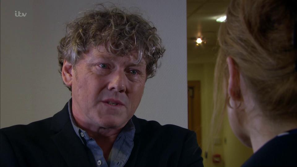 Emmerdale's Daz Spencer was interviewed because he blinked (Credit: ITV)