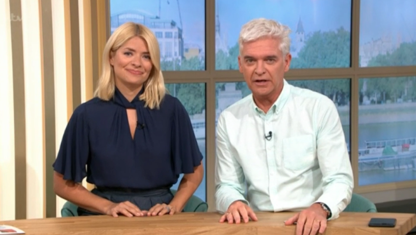 """Phillip Schofield reveals terrifying """"near death episode"""" after bee sting"""