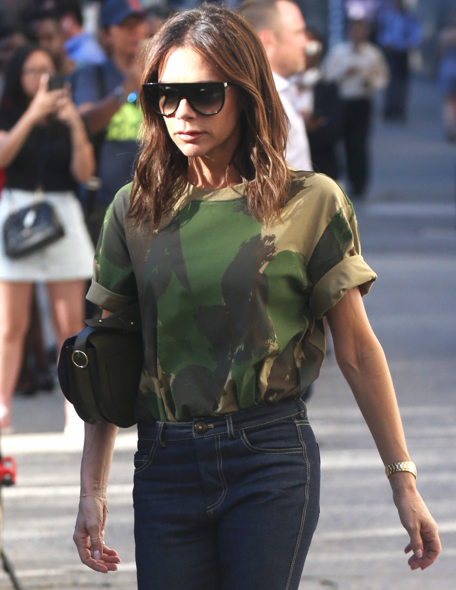 Victoria Beckham, Victoria Beckham spotted in a camo top as she strol