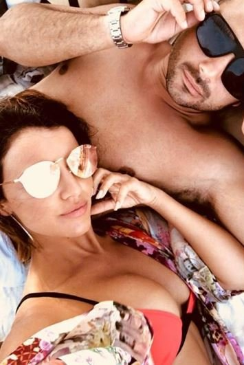 Lucy Mecklenburgh and Ryan Thomas in Mykonos