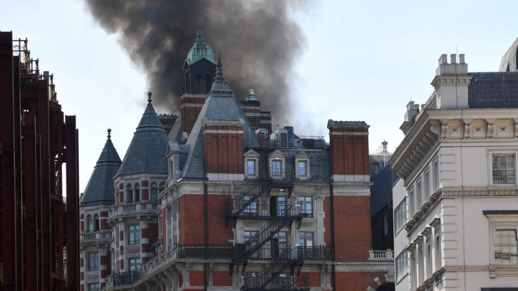 Fire-at-the-Mandarin-Oriental-Hotel (Credit: PA)