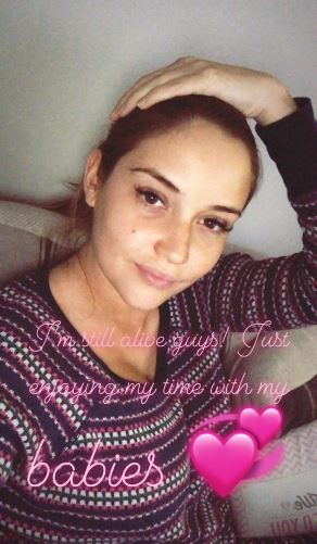 Jacqueline Jossa thanks fans for well wishes after giving birth