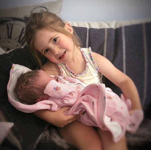 Ella Osborne and sister Mia