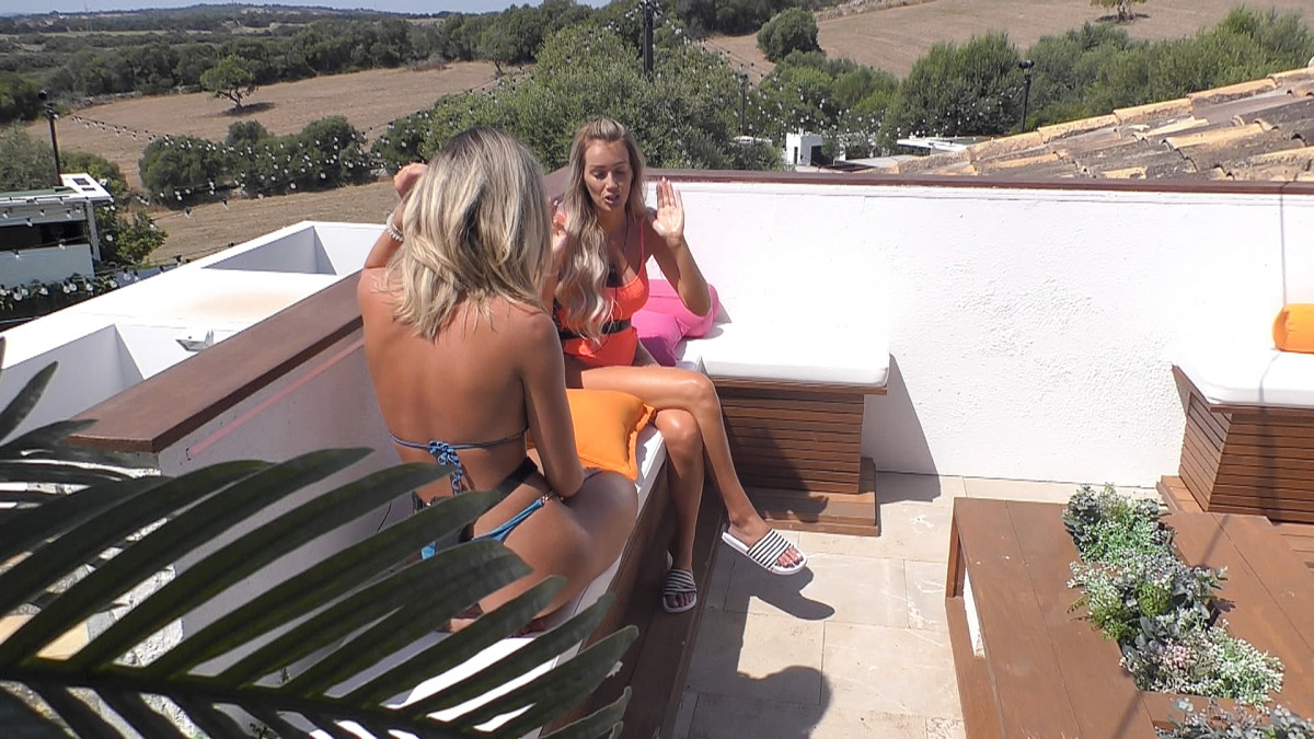 Love Island's Megan and Laura clear the air