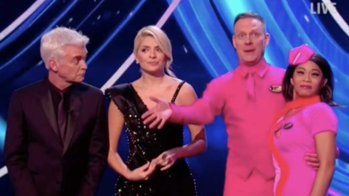 Antony Cotton reveals he was grumpy on Dancing On Ice
