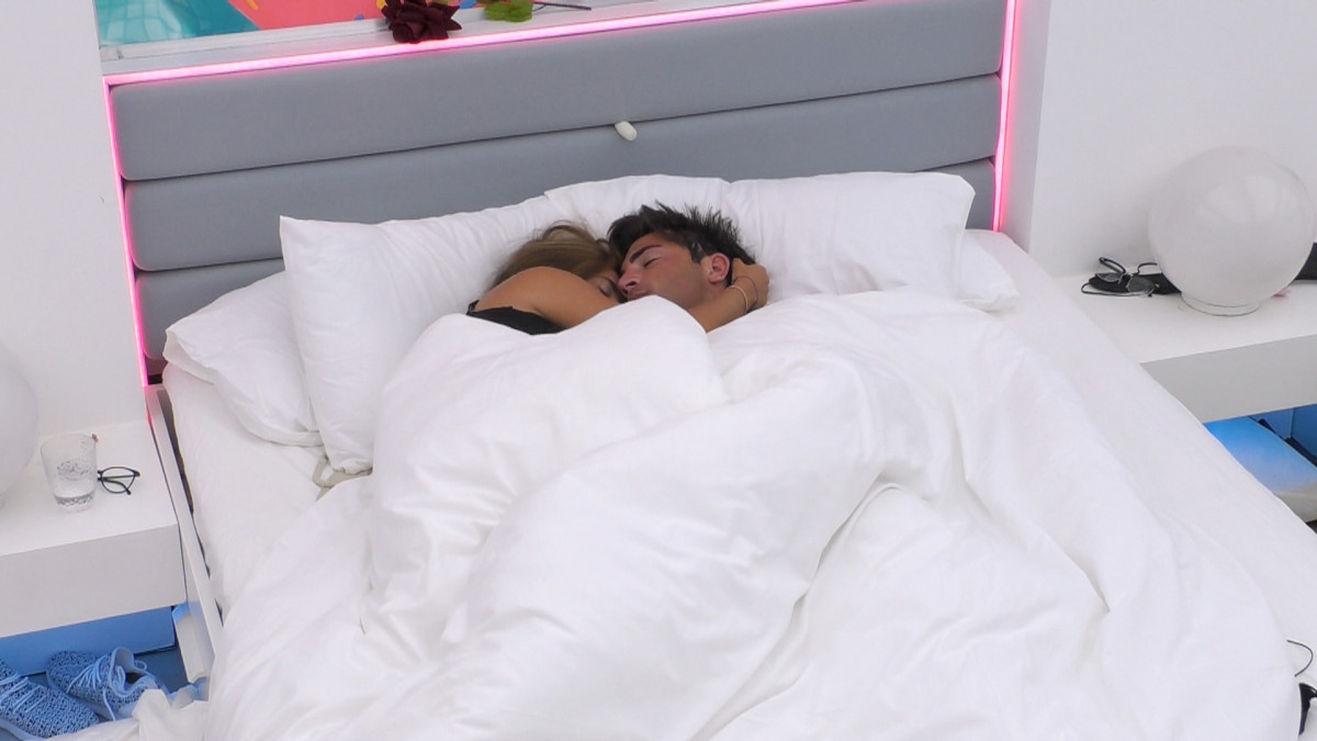 Love Island's Jack Fincham and Dani Dyer in bed