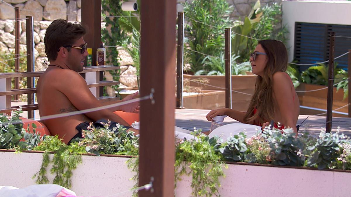 "Love Island SPOILER: Jack apologises to ex-girlfriend Ellie for ""horrible behaviour"