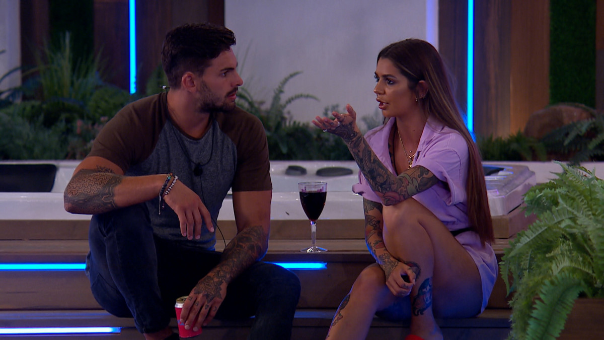 Love Island SPOILER: Adam confesses to Darylle that he's missing Zara