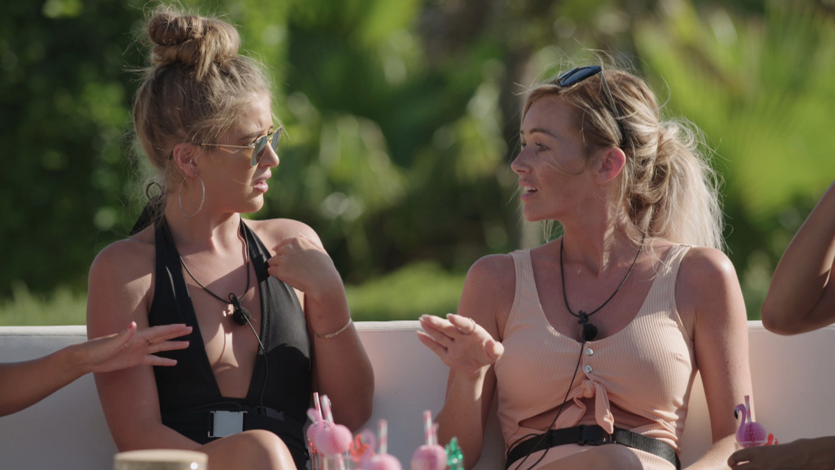 Love Island's Georgia and Laura talk