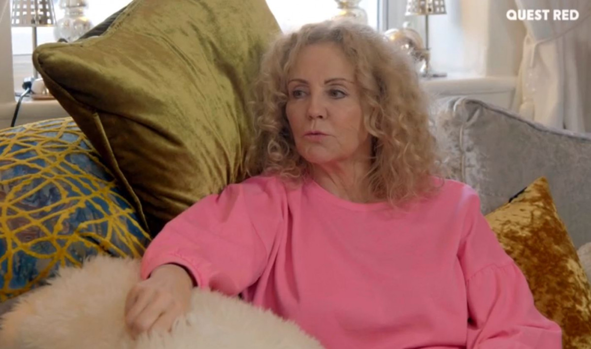 Katie Price talks to mum Amy in trailer for My Crazy Life