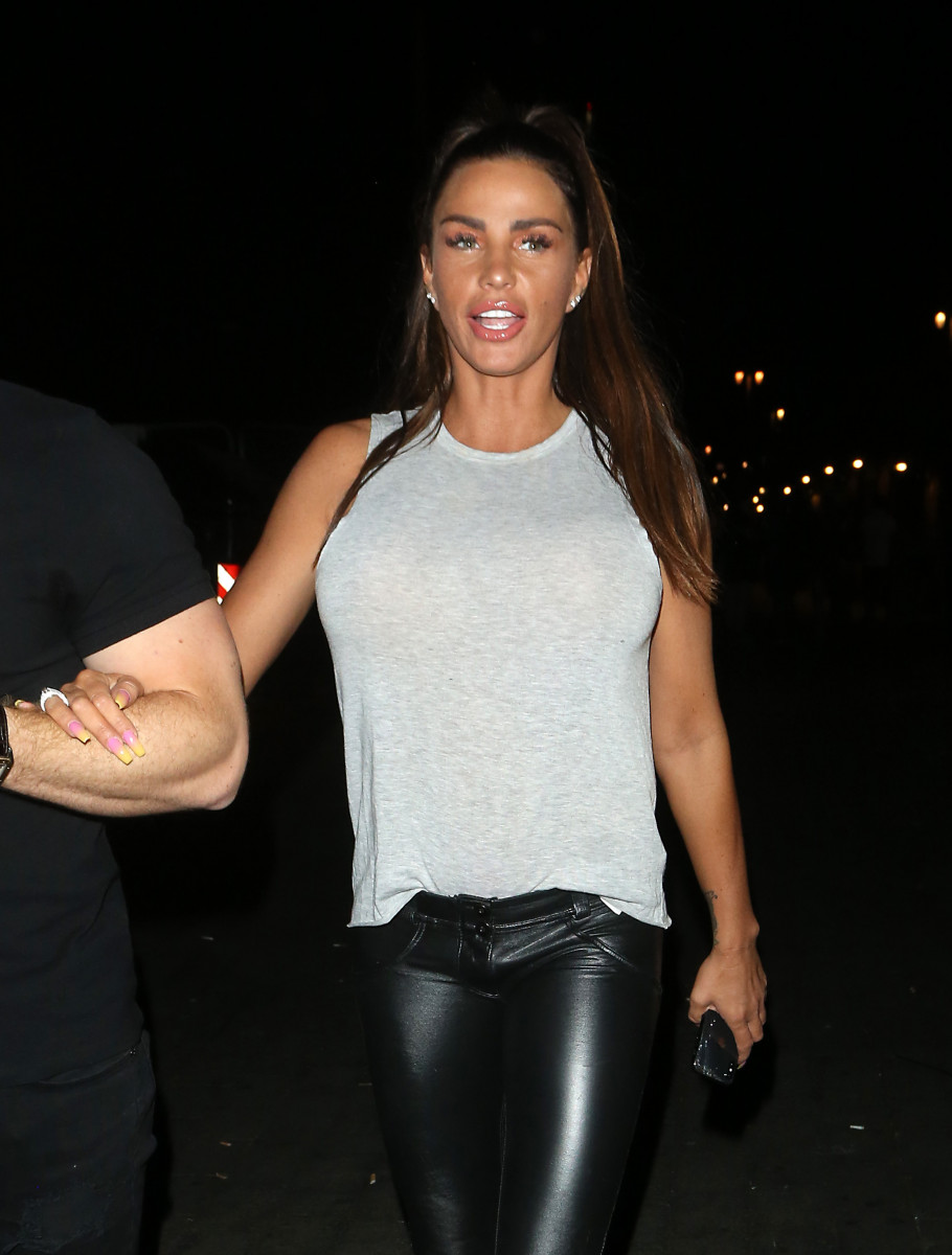 Katie Price & Kris Boyson seen leaving Shooshh nightclub in Brighton at 3.45am in the morning