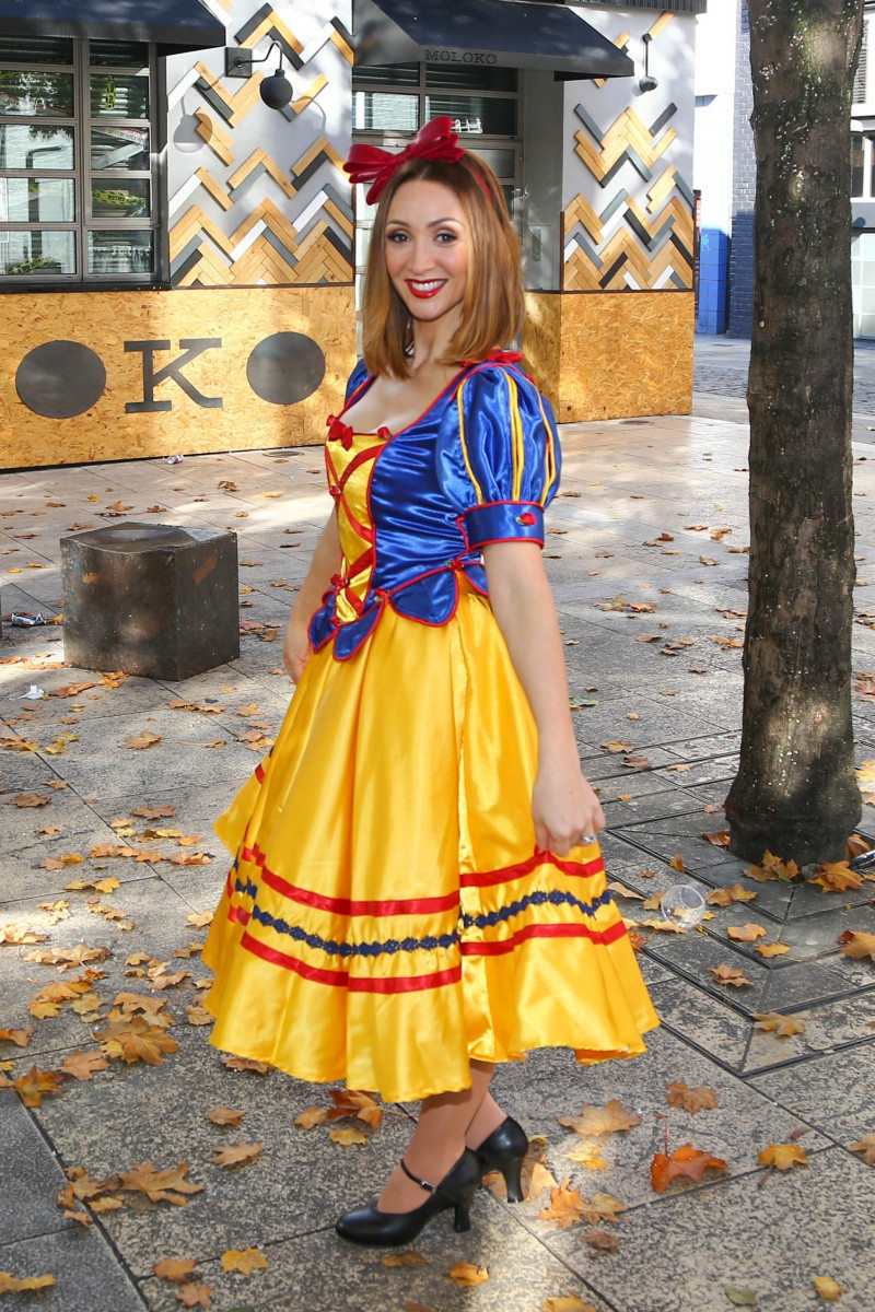 Lucy Jo Hudson Attend Photocall For Snow White Panto At The St Helens Theatre