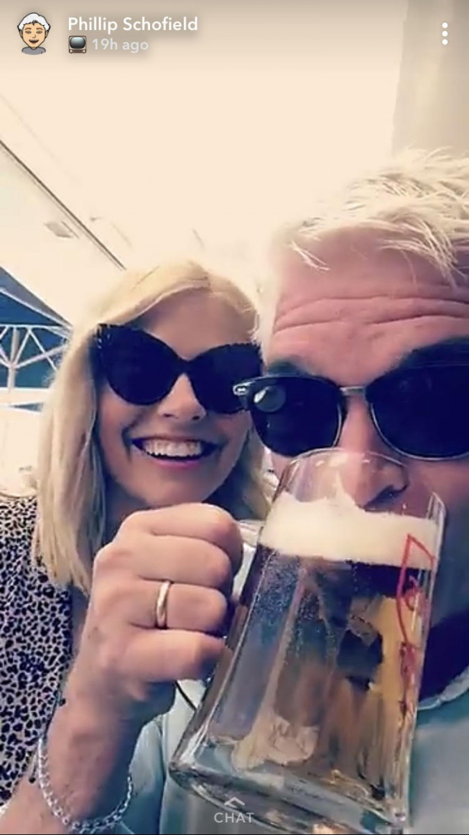 Holly W and Phillip S reunite in Portugal