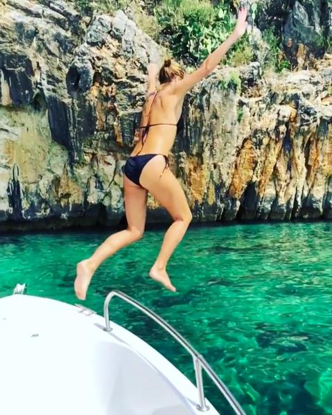 amanda holden family holiday bikini