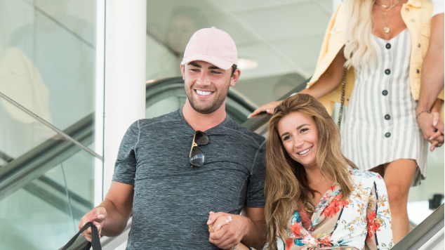 """Proud"" Jack Fincham introduces Dani Dyer to his friends"