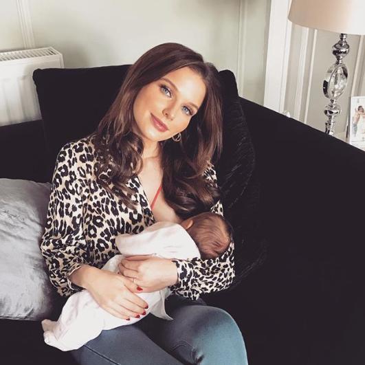 Helen Flanagan breastfeeding her daughter Delilah
