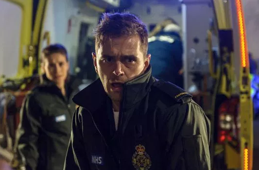 Casualty SPOILER: Iain's catastrophic error leads to death of hospital favourite