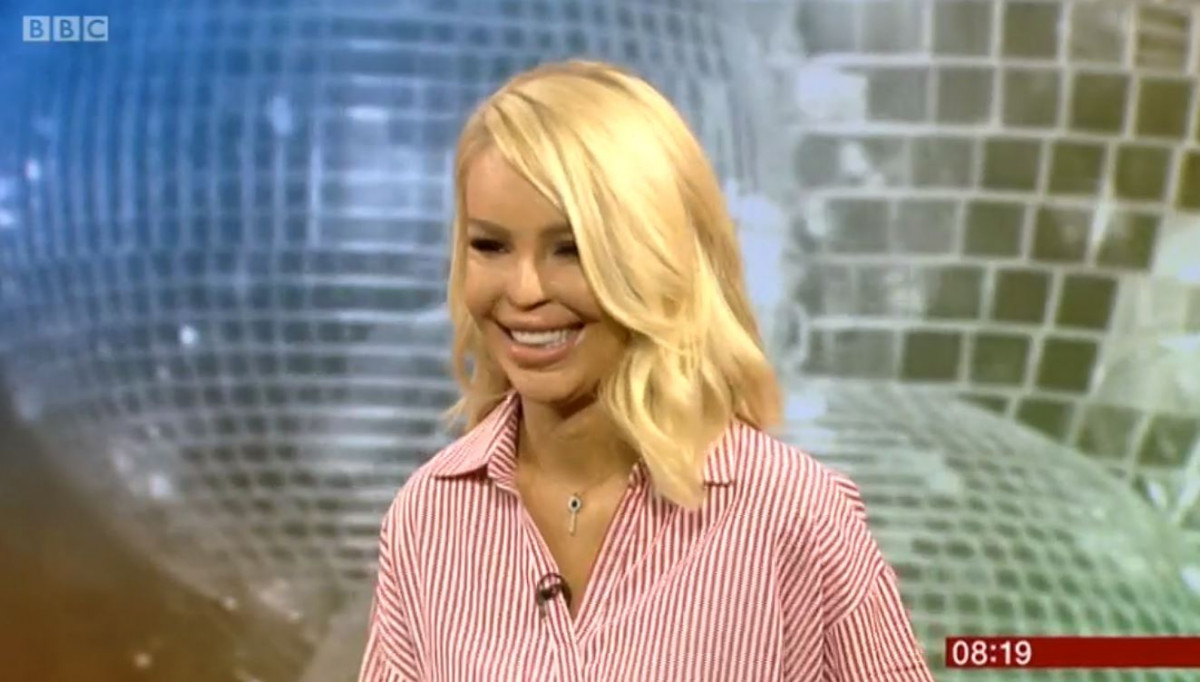 Katie Piper signs for Strictly