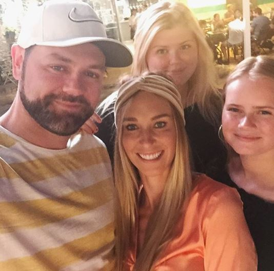Brian McFadden with girlfriend and daughters
