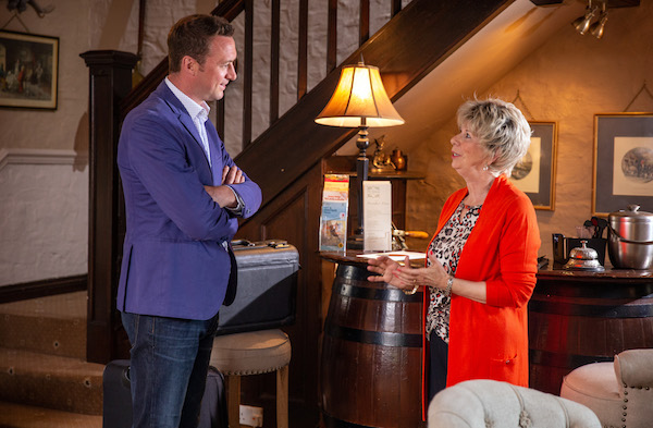 Emmerdale SPOILERS: Diane returns to the village with big news for Liam