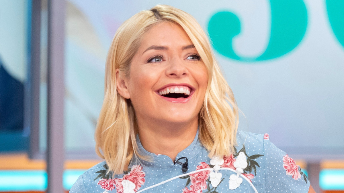 "Holly Willoughby explains why she made ""difficult"" decision to quit Truly"