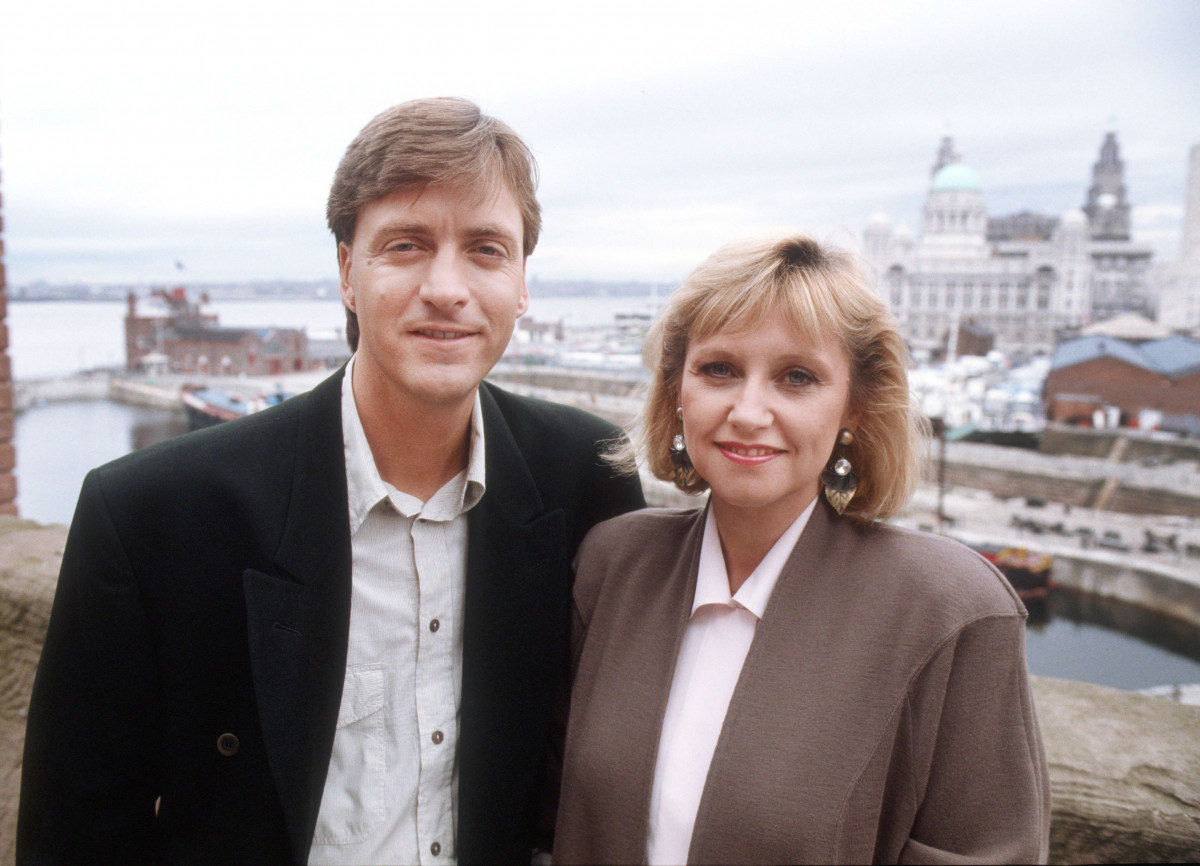 THIS MORNING - 30 UNFORGETTABLE YEARS Tuesday 2nd October 2018 on ITV Pictured: Richard Madeley and Judy Finnigan 'This Morning' TV Programme, Liverpool, Britain. - 1988