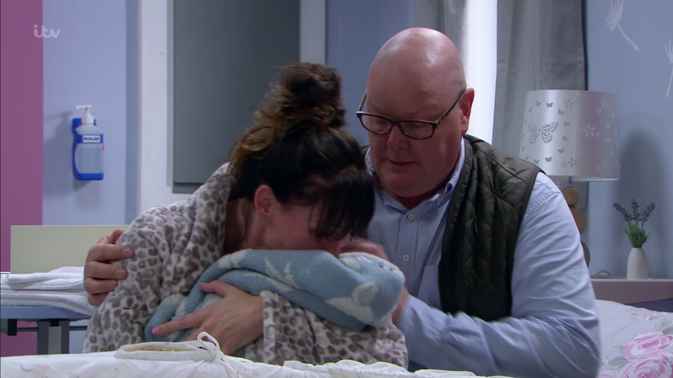 Chas and Paddy say goodbye to Grace