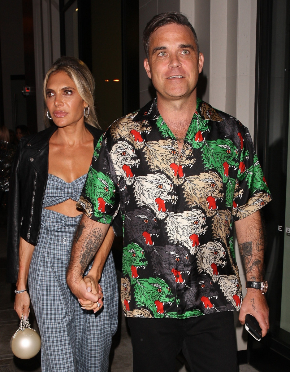 Robbie Williams Is Spotted With His Wife Ayda Field Leaving Catch Restaurant In Los Angeles