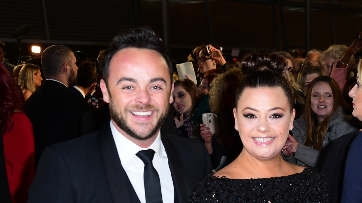 Ant McPartlin and Lisa Armstrong 'working out custody of dog' in latest divorce drama